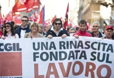 Il corteo Cgil di sabato 2 aprile a Roma (Foto Ansa)