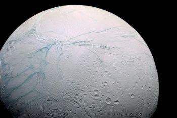 Un'immagine di Encelado (Foto Ansa)
