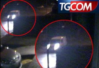Il furgone bianco nella via dove fu rapita Yara
