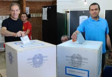 BALLOTTAGGIO ELEZIONI 2011/ Sindaco Napoli, decima proiezione Ipr-Rai: De Magistris al 64,5%, Lettieri al 35,5%