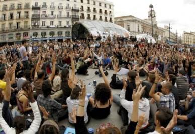 Le proteste di piazza a Madrid (Foto Ansa)