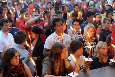 Candlelight vigil for the victims of the attacks   (photo ANSA)