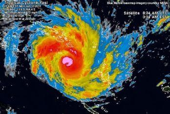 L'uragano Yasi