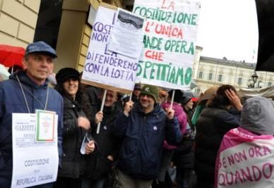 Manifestazione a Torino (Ansa)