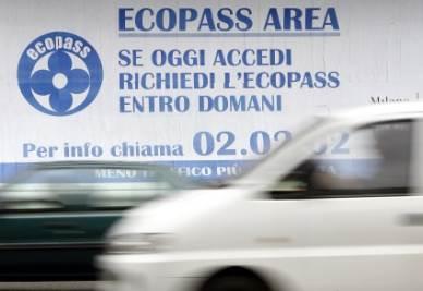 ECOPASS/ Masseroli: Pisapia, vuoi cambiare aria? Lascia le auto e pensa alle case