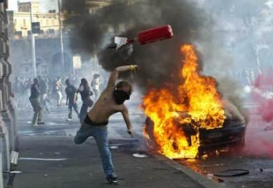 Scontri a Roma: la rivolta degli Indignati