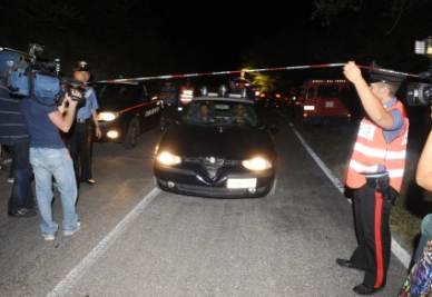 I carabinieri setacciano l'area di Folignano