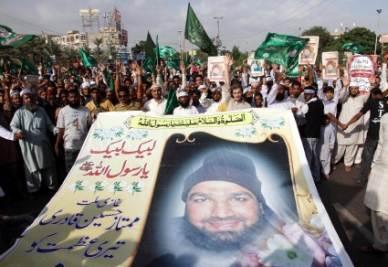 Sostenitori di Qadri, l'assassino di Salman Taseer