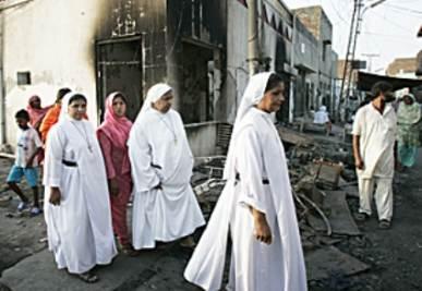 Cristiani nelle vie di Islamabad