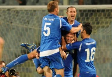 Azzurri in festa dopo un gol (Foto: Ansa)