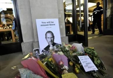Un tributo a Steve Jobs (Foto Ansa)