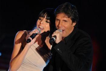 SANREMO 2011/ Video, Luca Barbarossa e Raquel Del Rosario, Fino in fondo