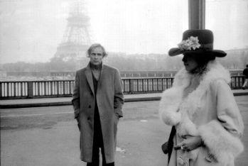Maria Schneider e Marlon Brando sul set di Ultimo tango a Parigi, foto Ansa