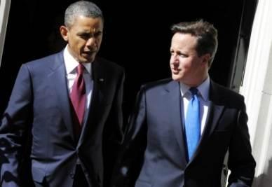 Barack Obama insieme a David Cameron (Ansa)