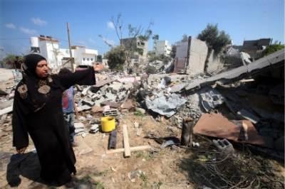 Bombardamenti israeliani nella striscia di Gaza, foto Ansa