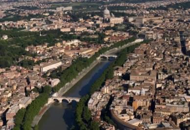 Una panoramica di Roma (Foto Ansa)