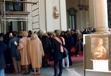 I visitatori in coda alla Pinacoteca di Brera - Foto Ansa
