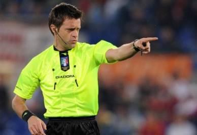 L'arbitro Rizzoli (Foto Ansa)
