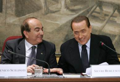 Berlusconi e Scilipoti alla presentazione del libro