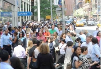 La gente è scesa nelle strade anche a New York