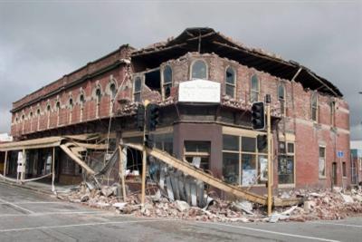 Un edificio di Chistchurch dopo il terremoto di ieri, foto Ansa