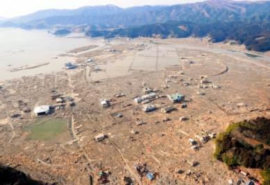 Il dopo tsunami, foto Ansa
