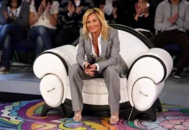 Simona Ventura ospite da Maria De Filippi a C'è Posta per Te