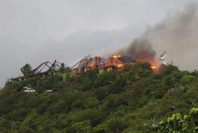 La villa in fiamme di Richard Branson
