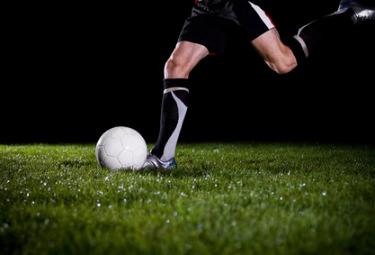 Calcio_TiroR375.jpg