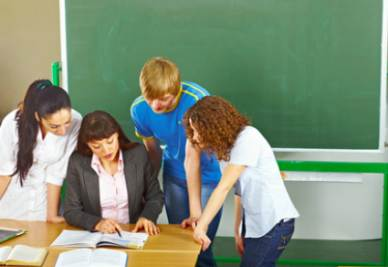 I NUMERI/ C'è una scuola che aiuta a battere il precariato