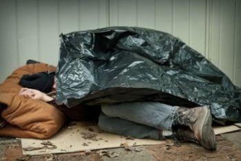 senzatettoR400.jpg
