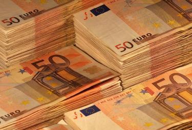 Euro_banconote_50R375.jpg