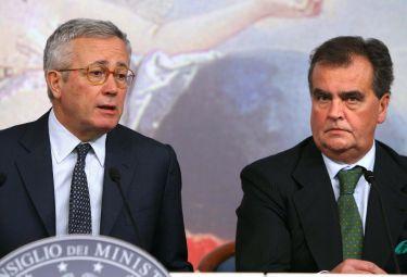 Federalismo_Tremonti_CalderoliR375_05ott08.jpg