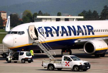 Ryanair_AereoR375.jpg