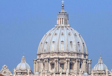 San_Pietro_CupolaR375_17dic08.jpg