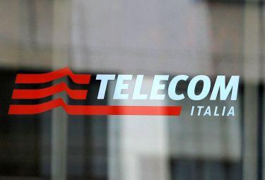 Telecom_porta_a_vetriR375_29sett08.jpg
