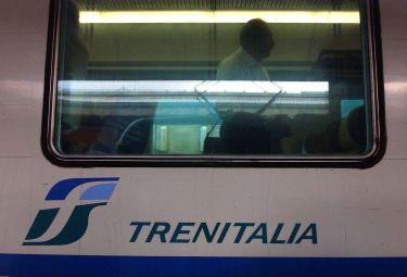 Trenitalia_TrenoR375_17mar09.jpg