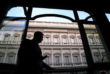 1 ANNO DAL CRACK/ 2. Cisnetto: no, l'Italia è al palo. Manca una politica industriale