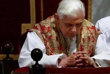 Benedetto XVI è molto preoccupato per quanto può accadere in Medio oriente (Imagoeconomica)