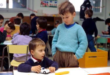 scuola_bimbi-asiloR375.jpg