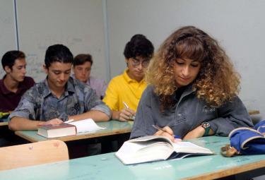 Alcuni studenti (Foto: IMAGOECONOMICA)
