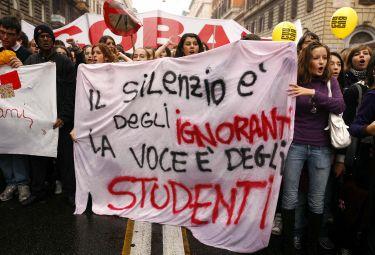 studenti_manifestazioneR375.jpg