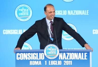 CONSULTAZIONI/ Alfano: abbiamo dato la nostra disponibilità al governo Monti