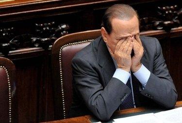 BerlusconiCameraDisperato_R375.jpg
