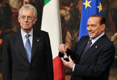 Mario Monti e Silvio Berlusconi (Foto Imagoeconomica)