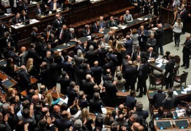 Il voto di fiducia alla Camera dei Deputati (Imagoeconomica)