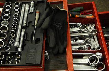 LA STORIA/ Diventare imprenditori imparando a distinguere martello e cacciavite