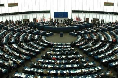 Il parlamento europeo (Imagoeconomica)