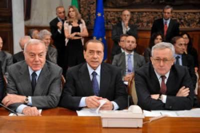 Gianni Letta, Silvio Berlusconi e Giulio Tremonti (Imagoeconomica)