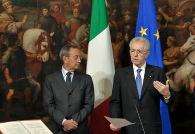Mario Monti e Antonio Catricalà (Foto Imagoeconomica)